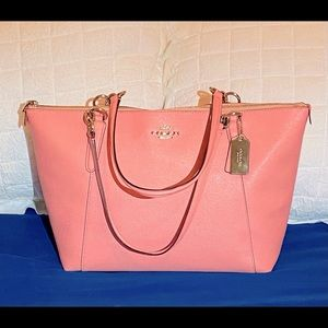🌸Coach Gallery Tote🌸